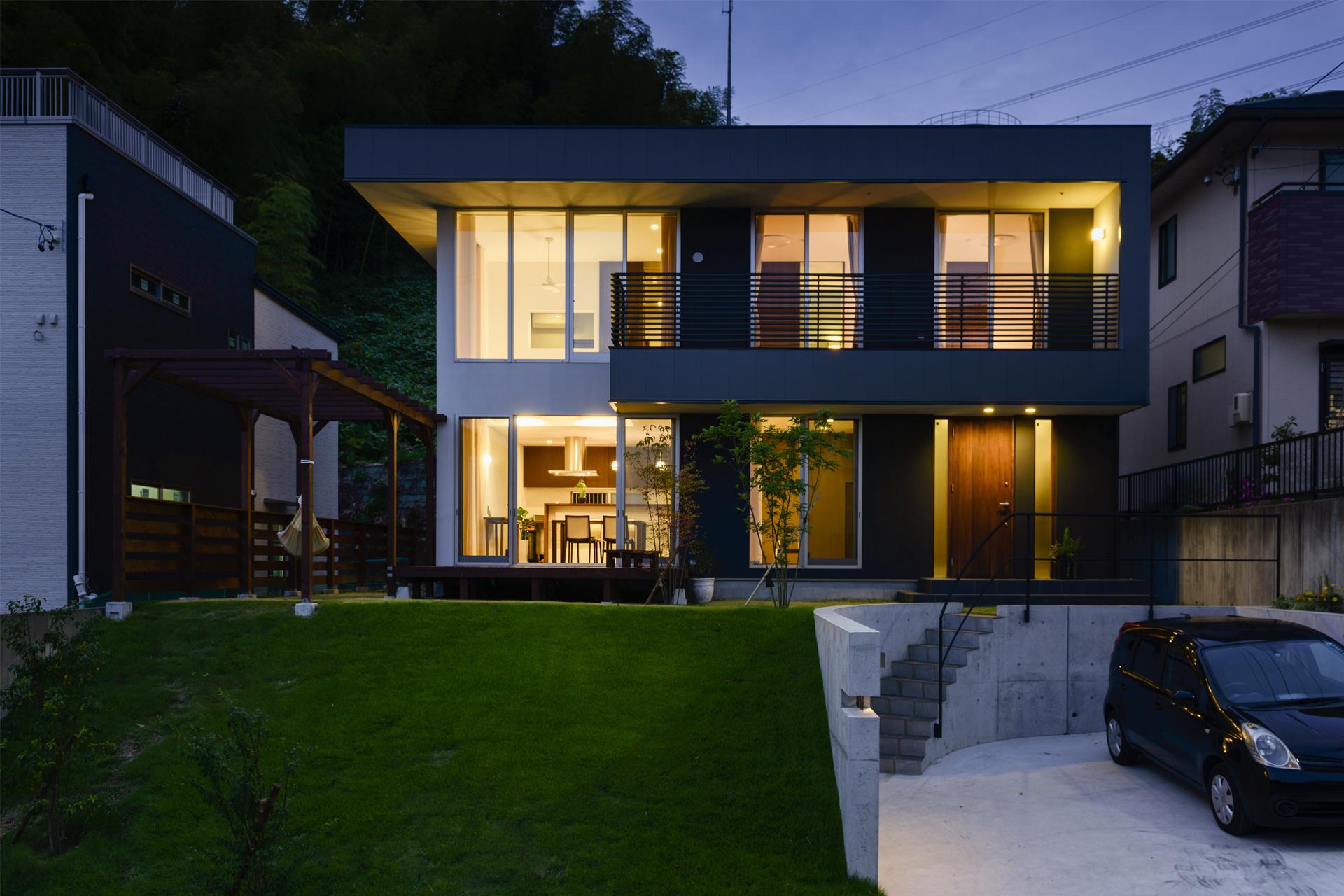 丘の上のハコ_H建築スタジオ