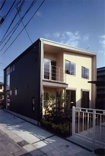 七宝町の家