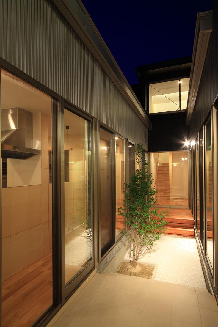 廻遊の家_梶浦環境建築設計事務所