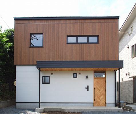 14′  s – 邸  / トリコム